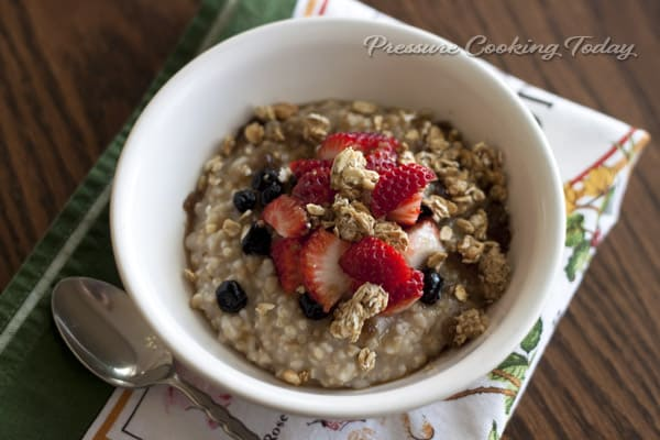 Pressure Cooker (Instant Pot) Steel Cut Oats