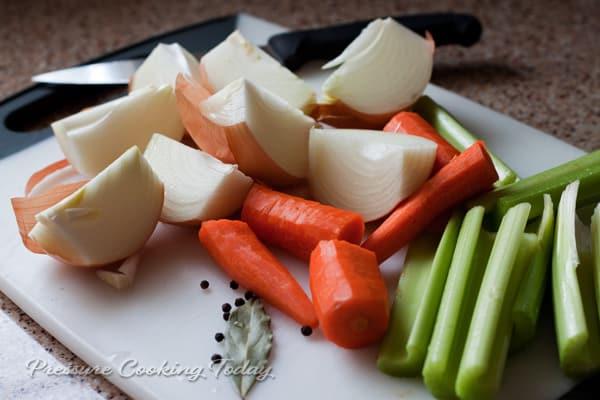 Pressure Cooker Vegetable Stock