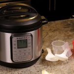 Black Friday Sale: Instant Pot DUO60 Pressure Cooker