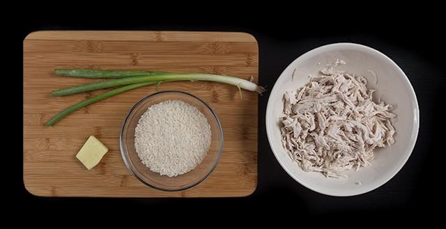 ingredients to make Pressure Cooker Chicken Porridge