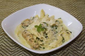 spinach-artichoke-pasta-with-chicken