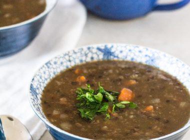 Pressure Cooker Hearty Lentil Beer Soup