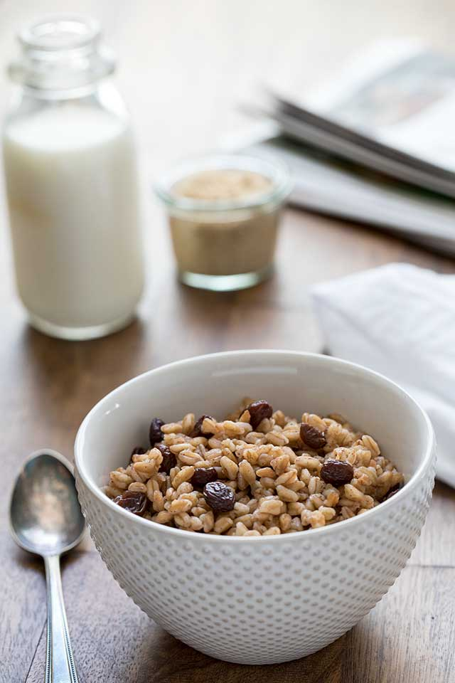 here's another option for a breakfast farro using Trader Joe's quick cooking farro, Pressure Cooker Brown Sugar Raisin Breakfast Farro.