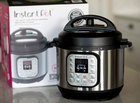 The new 3 quart Instant Pot Duo Mini pressure cooker is perfect for small families, college students and to use while you're traveling.