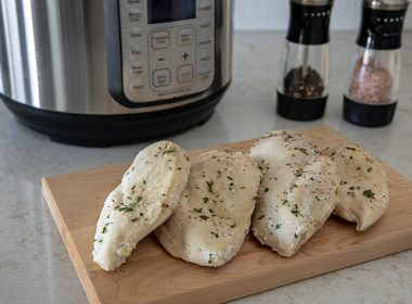 Instant Pot / Pressure Cooker Frozen Chicken Breasts