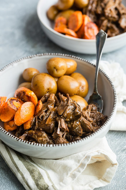 Old-Fashioned Pressure Cooker Pot Roast Recipe with Carrots and Potatoes